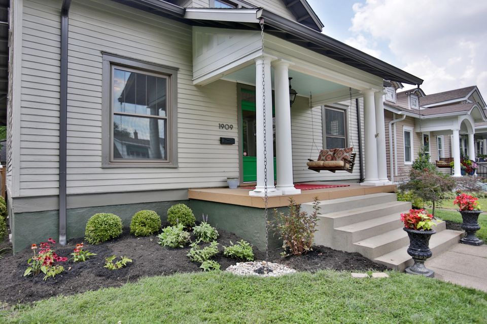 Additional photo for property listing at 1909 Woodbourne Avenue  Louisville, Kentucky 40205 United States