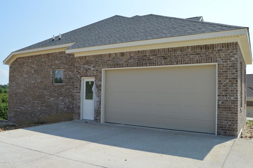 Additional photo for property listing at 1005 Summit Parks Drive  La Grange, Kentucky 40031 United States
