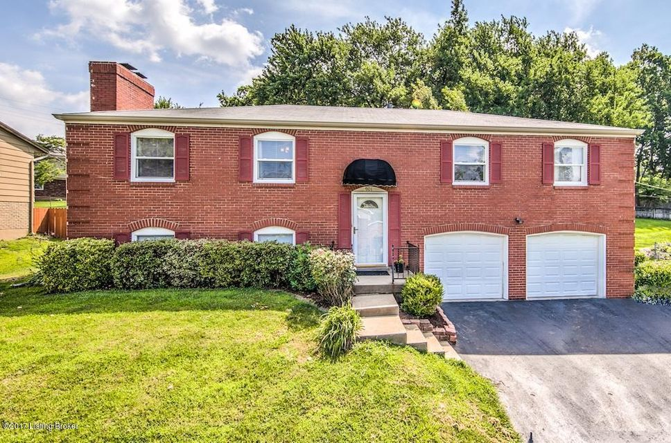 Single Family Home for Sale at 901 Exmoor Avenue Louisville, Kentucky 40223 United States