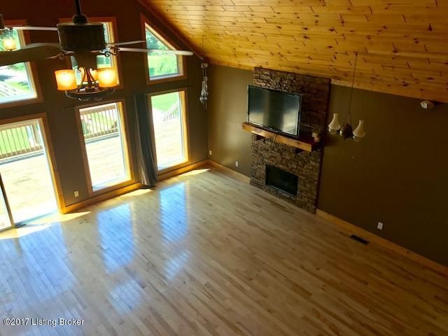 Additional photo for property listing at 398 Brier Creek Meadows Road 398 Brier Creek Meadows Road Mammoth Cave, Kentucky 42259 United States