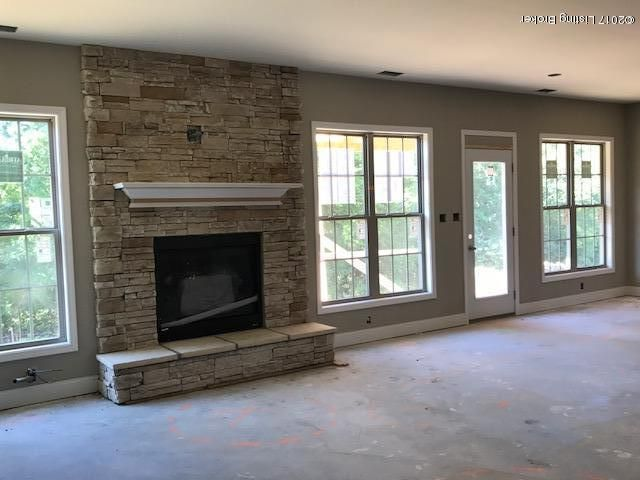 Additional photo for property listing at 18206 Hickory Woods Place  Fisherville, Kentucky 40023 United States