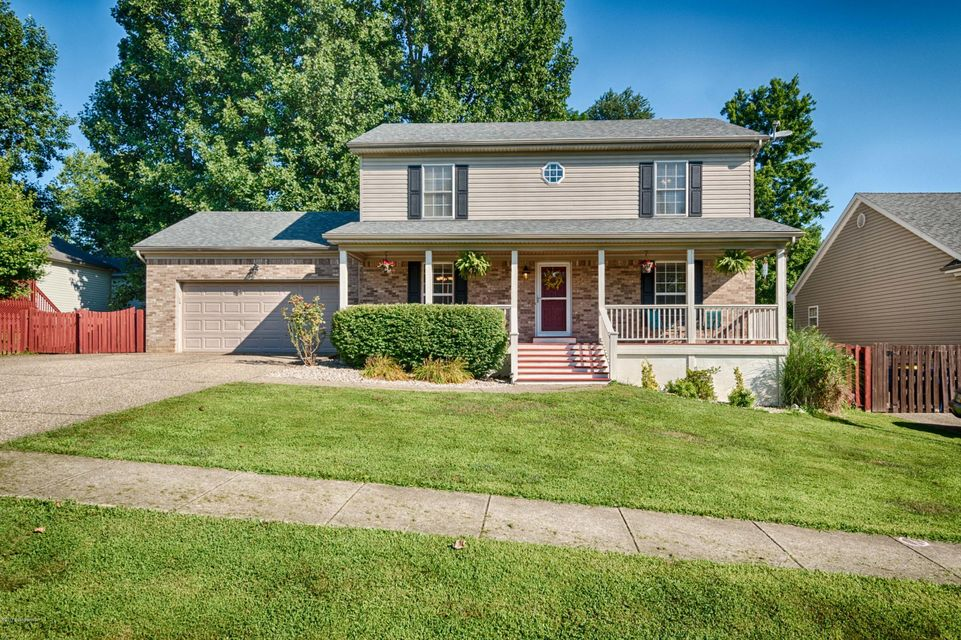 Single Family Home for Sale at 9515 Autumn Bent Court Crestwood, Kentucky 40014 United States