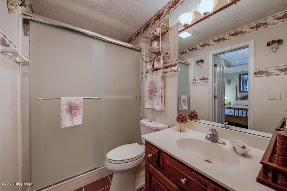 Additional photo for property listing at 148 Pierce Avenue  Mount Washington, Kentucky 40047 United States