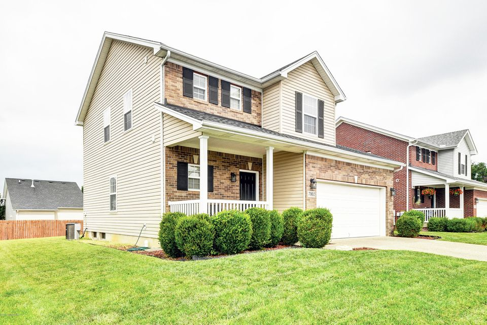 Single Family Home for Sale at 7002 Hollow Oaks Drive Louisville, Kentucky 40291 United States