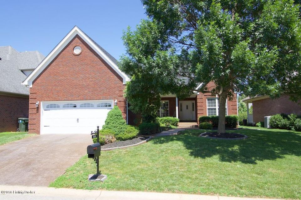 Additional photo for property listing at 10114 Springhurst Gardens Circle  Louisville, Kentucky 40241 United States