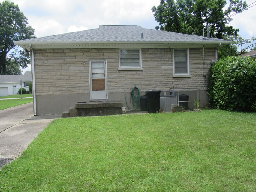 Additional photo for property listing at 423 E Kenwood Drive  Louisville, Kentucky 40214 United States