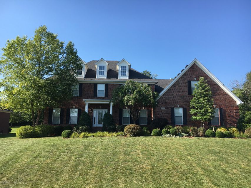 Single Family Home for Sale at 6230 Breeze Hill Road Crestwood, Kentucky 40014 United States