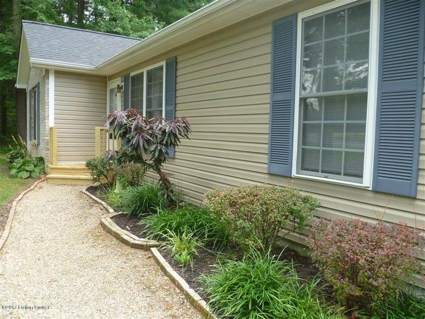 Single Family Home for Sale at 72 Bobolink Lane Brandenburg, Kentucky 40108 United States