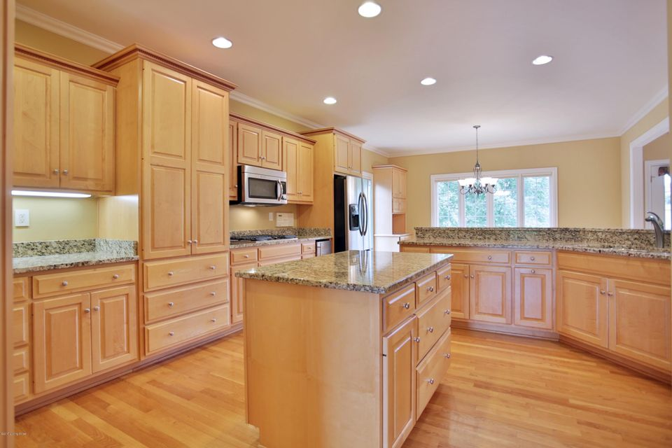 Additional photo for property listing at 3222 Deer Pointe Place  Prospect, Kentucky 40059 United States