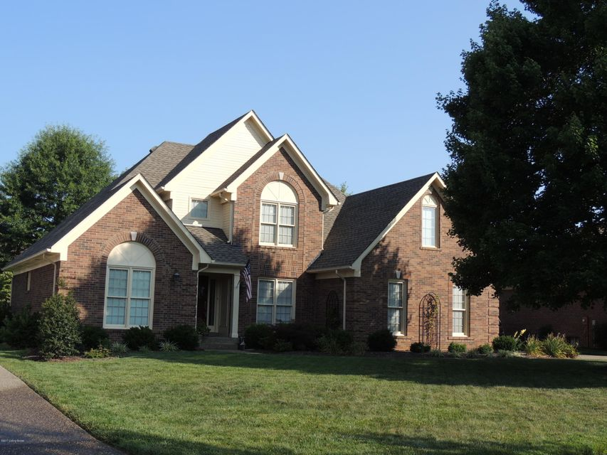 Single Family Home for Sale at 3608 Glenfield Court Louisville, Kentucky 40241 United States