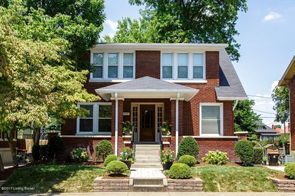 Single Family Home for Sale at 2007 Grasmere Drive Louisville, Kentucky 40205 United States