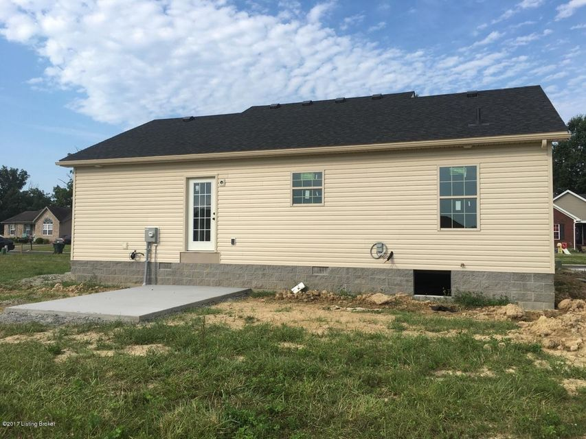 Additional photo for property listing at 911 Tecumseh Drive  Shepherdsville, Kentucky 40165 United States