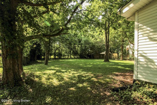 Additional photo for property listing at 11610 Lagrange Road 11610 Lagrange Road Louisville, Kentucky 40223 United States