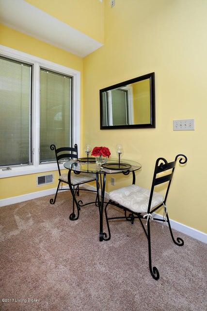 Additional photo for property listing at 408 Rockcastle Villa  Shepherdsville, Kentucky 40165 United States