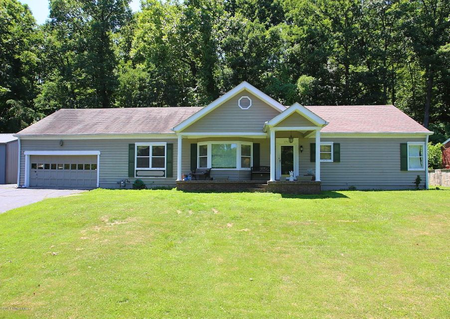 Single Family Home for Sale at 1703 Valley View Road New Albany, Indiana 47150 United States