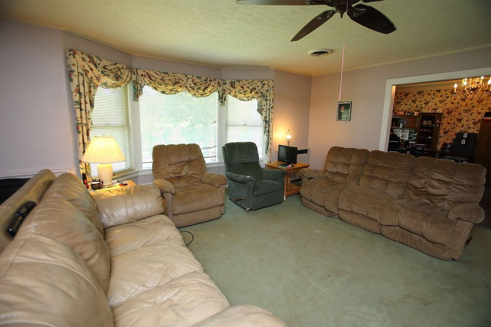 Additional photo for property listing at 1703 Valley View Road  New Albany, Indiana 47150 United States