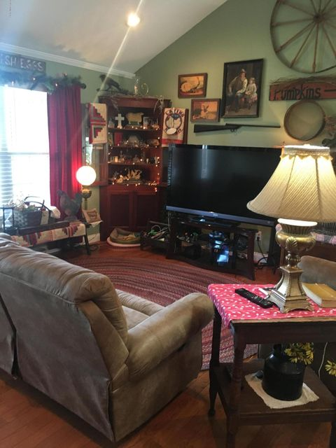 Additional photo for property listing at 119 N Parkside Drive  Bardstown, Kentucky 40004 United States