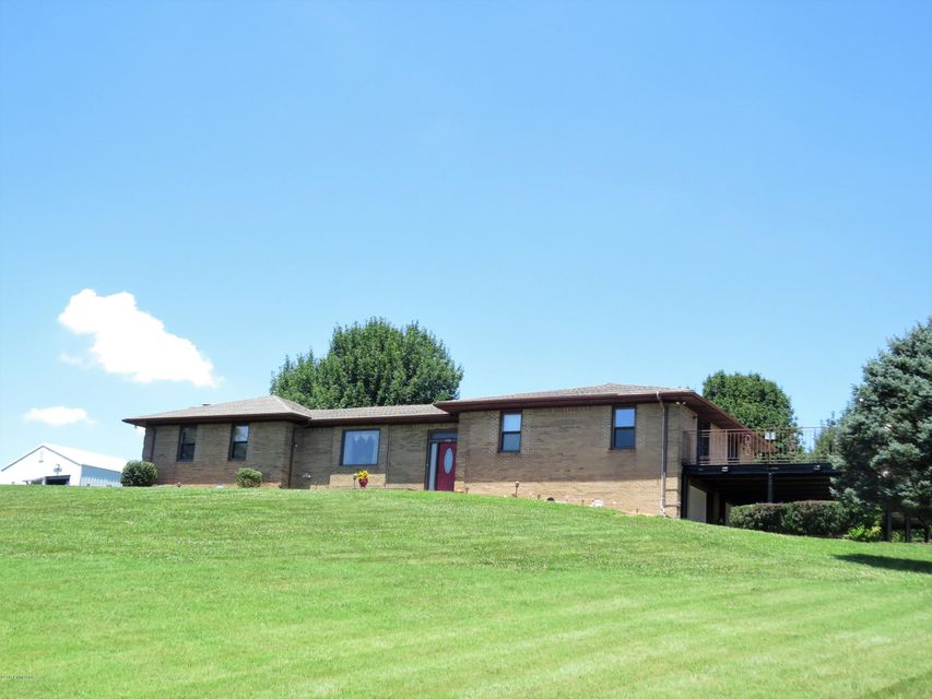 Single Family Home for Sale at 410 Horton Rigdon Road Cave City, Kentucky 42127 United States