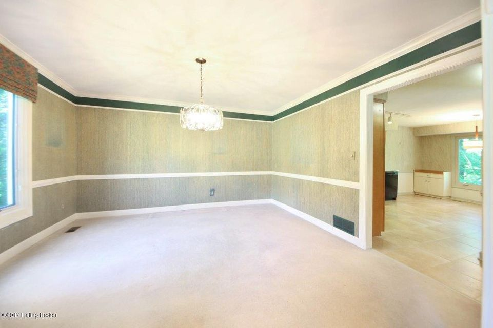 Additional photo for property listing at 5409 Apache Road  Louisville, Kentucky 40207 United States