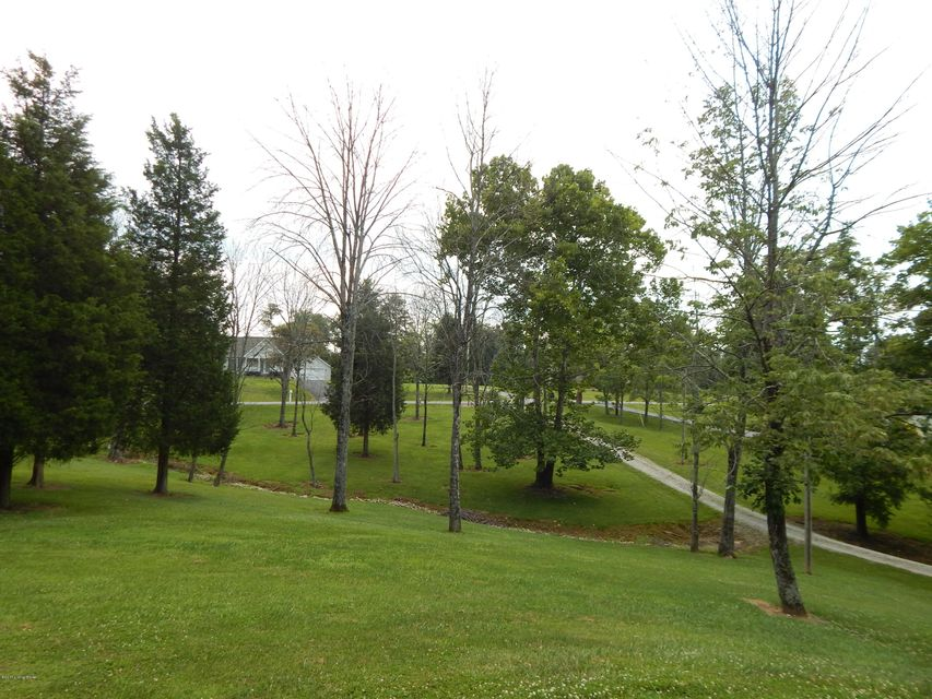 Additional photo for property listing at 120 Oakwood Circle 120 Oakwood Circle Pendleton, Kentucky 40055 United States