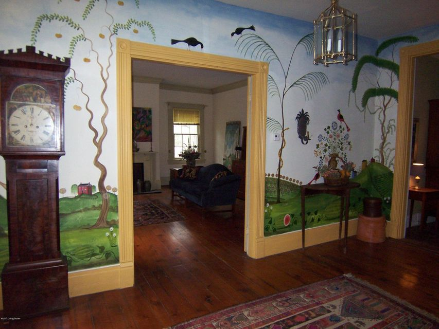 Additional photo for property listing at 711 Fountain Avenue  Louisville, Kentucky 40222 United States