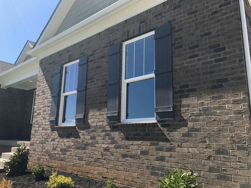 Additional photo for property listing at 162 Persimmon Ridge Drive 162 Persimmon Ridge Drive Louisville, Kentucky 40245 United States