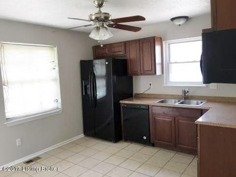 Additional photo for property listing at 9508 Sissone Drive  Louisville, Kentucky 40118 United States