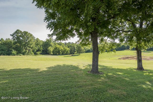 Additional photo for property listing at 5525 Beth Road 5525 Beth Road Louisville, Kentucky 40219 United States