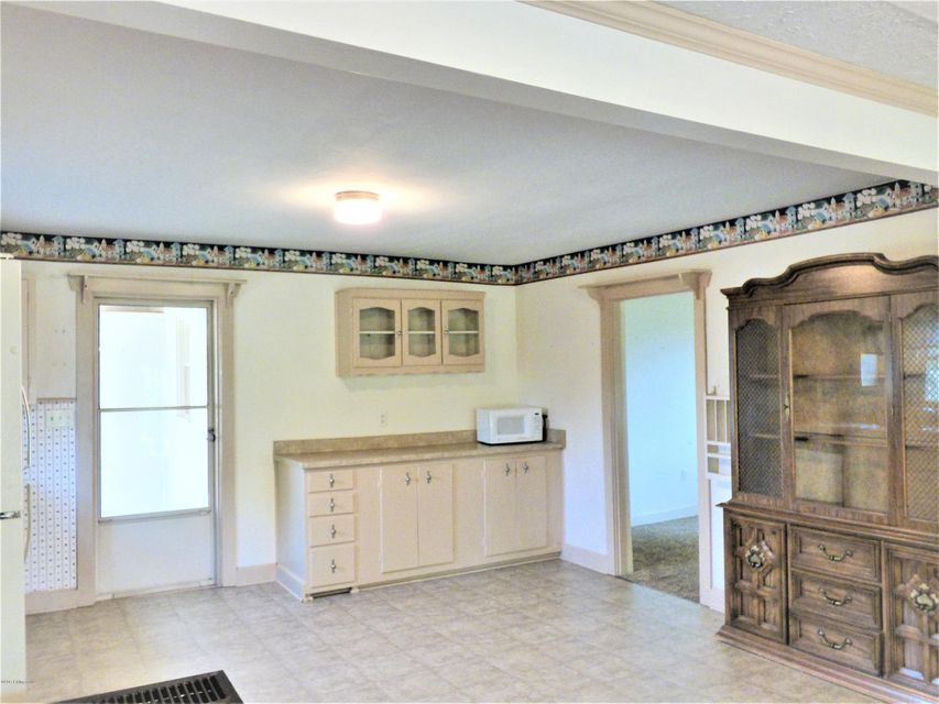 Additional photo for property listing at 1207 Kings Church Road 1207 Kings Church Road Taylorsville, Kentucky 40071 United States