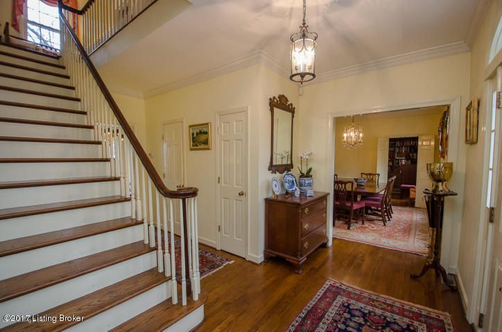 Additional photo for property listing at 2801 Juniper Hill Court 2801 Juniper Hill Court Louisville, Kentucky 40206 United States
