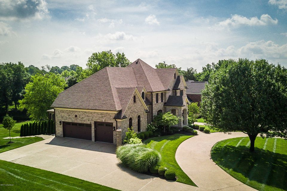Additional photo for property listing at 1405 Arnold Palmer Blvd 1405 Arnold Palmer Blvd Louisville, Kentucky 40245 United States