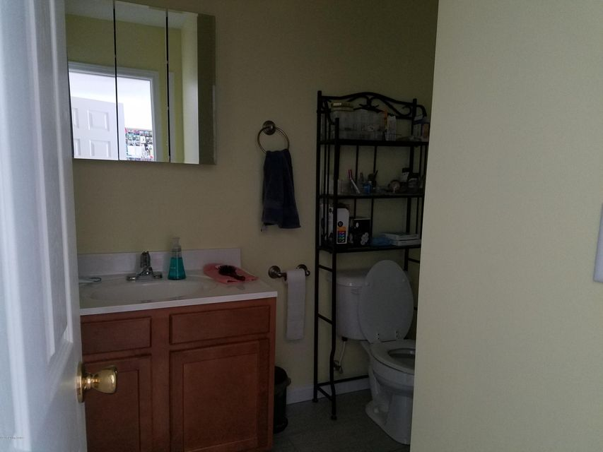 Additional photo for property listing at 1024 Eigelbach Avenue  Louisville, Kentucky 40217 United States