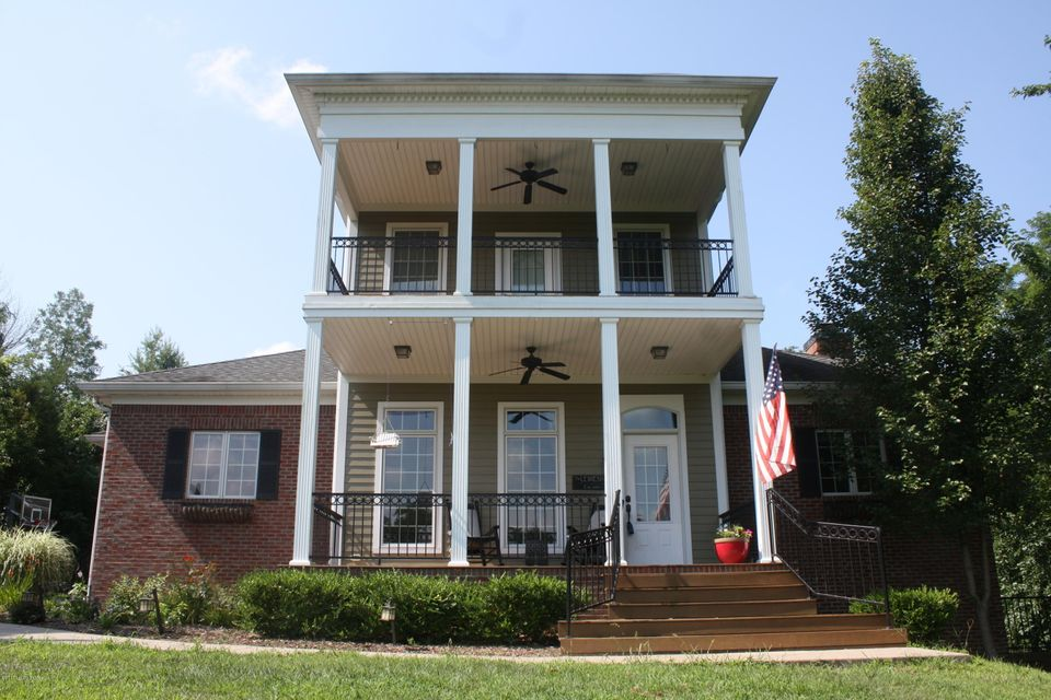 Single Family Home for Sale at 3724 Valley Creek Drive 3724 Valley Creek Drive La Grange, Kentucky 40031 United States