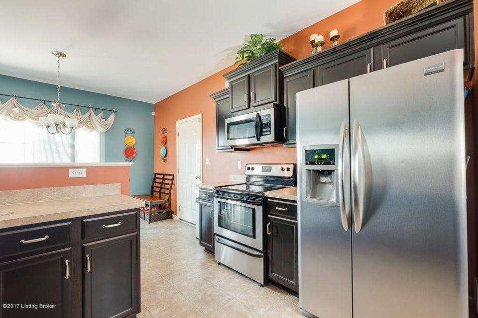 Additional photo for property listing at 2211 Margate Court  La Grange, Kentucky 40031 United States