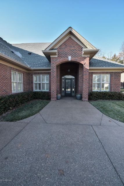 Additional photo for property listing at 324 Lanai Court  Louisville, Kentucky 40245 United States