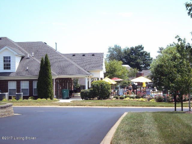 Additional photo for property listing at 10417 Clyde Moore Blvd  Louisville, Kentucky 40291 United States