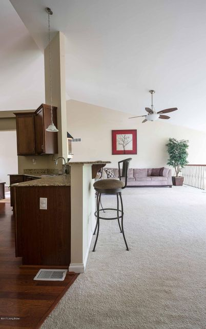 Additional photo for property listing at 416 Davenport Drive  Louisville, Kentucky 40245 United States