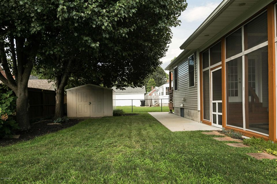 Additional photo for property listing at 1017 Rosemary Drive  Louisville, Kentucky 40213 United States
