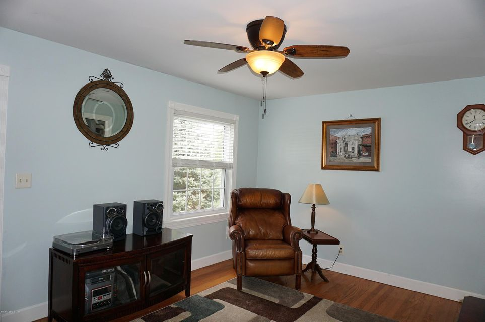 Single Family Home for Sale at 4220 Norbourne Blvd 4220 Norbourne Blvd Louisville, Kentucky 40207 United States