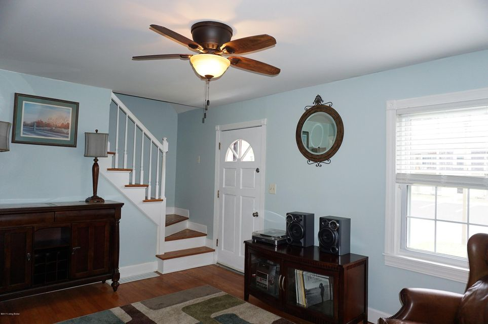 Additional photo for property listing at 4220 Norbourne Blvd 4220 Norbourne Blvd Louisville, Kentucky 40207 United States