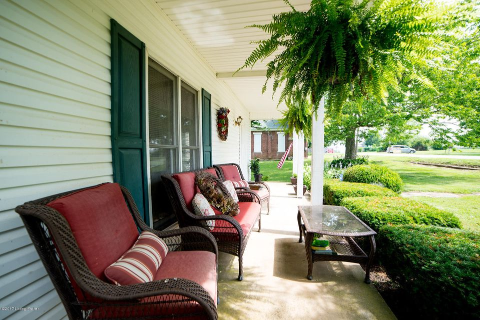 Additional photo for property listing at 131 Main Street  Pleasureville, Kentucky 40057 United States