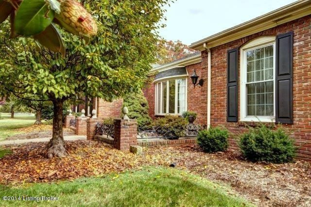 Additional photo for property listing at 101 Liverton Lane 101 Liverton Lane Louisville, Kentucky 40222 United States