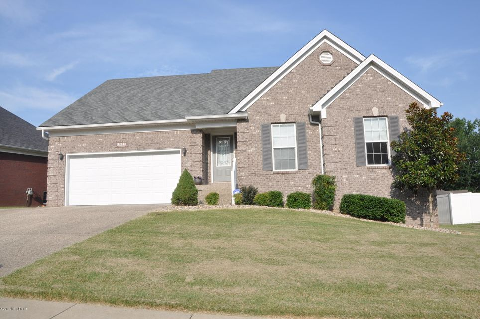 Single Family Home for Sale at 3413 Southmeade Circle Louisville, Kentucky 40214 United States