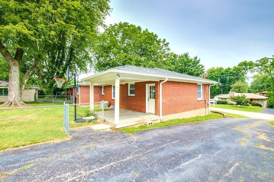 Additional photo for property listing at 8810 Zabel Way  Louisville, Kentucky 40291 United States