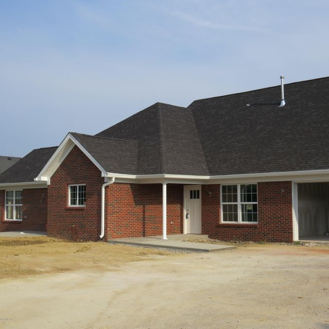 Additional photo for property listing at 505 Eagle Pointe Drive  Louisville, Kentucky 40214 United States