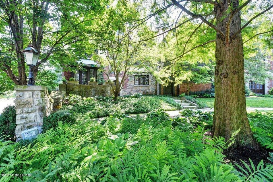 Additional photo for property listing at 1801 Spring Drive  Louisville, Kentucky 40205 United States