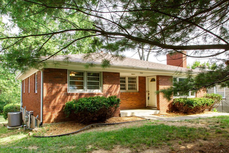 Single Family Home for Sale at 1955 Meadowcreek Drive Louisville, Kentucky 40218 United States