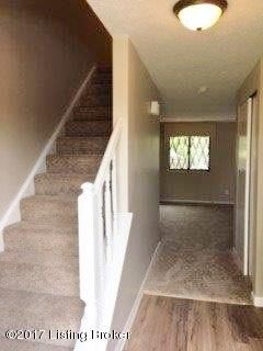 Additional photo for property listing at 9352 Loch Lea Lane  Louisville, Kentucky 40291 United States