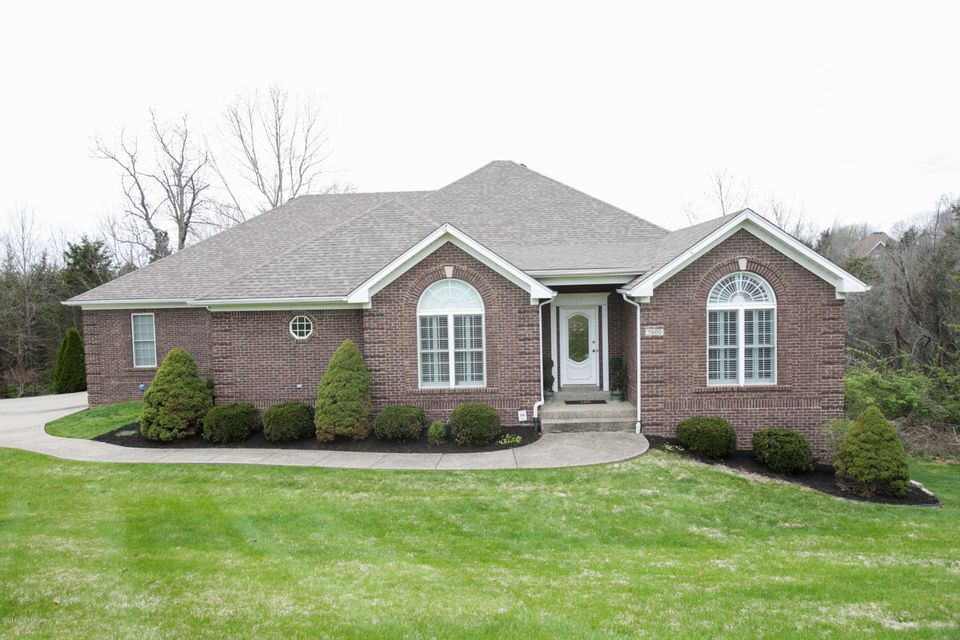 Additional photo for property listing at 7600 Park Placeace Place 7600 Park Placeace Place Crestwood, Kentucky 40014 United States
