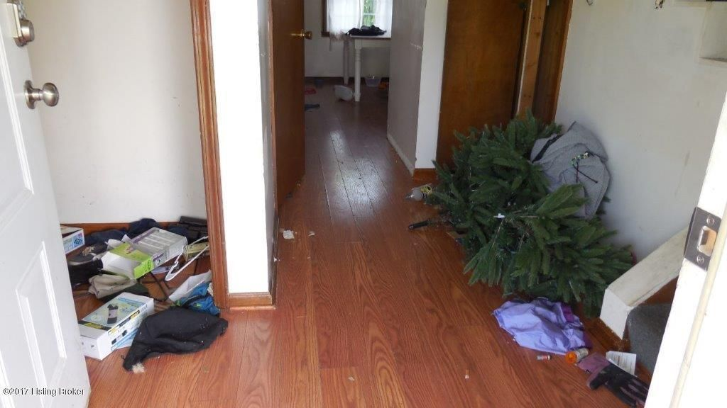 Additional photo for property listing at 9464 Cropper Road  Pleasureville, Kentucky 40057 United States